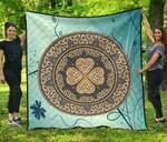 Celtic Shield Premium Quilt