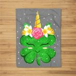 Unicorn St Patrick's Day Gift For Girls Kids Funny Shamrock Fleece Blanket