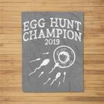 Egg Hunt Champion 2019 Funny Easter Pregnancy Reveal Men Dad Fleece Blanket
