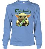 Baby Yoda Loves Carlsberg Beer The Mandalorian Fan Long Sleeve T-Shirt