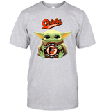 Baby Yoda Loves Baltimore Orioles The Mandalorian Fan T-Shirt