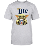 Baby Yoda Loves Miller Lite Beer The Mandalorian Fan T-Shirt