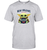 Baby Yoda Loves New Orleans Pelicans The Mandalorian Fan T-Shirt
