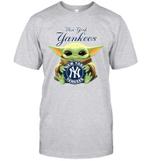 Baby Yoda Loves New York Yankees The Mandalorian Fan T-Shirt