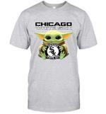 Baby Yoda Loves Chicago White Sox The Mandalorian Fan T-Shirt