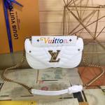 Louis Vuitton LV New Wave Chain Bag MM M51945