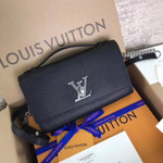 LV M56088 Louis Vuitton Lockme Clutch