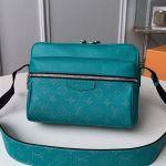Outdoor Messenger Bag M30241 Pine Green 2019 Collection