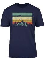 Vintage Paragleiter Segelt Uber Bergen T Shirt