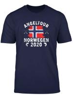 Angeltour 2020 Mit Norwegen Flagge Fur Angler Und Fischer T Shirt