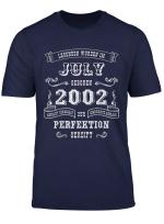 Herren Geschenk Fur Jungen 17 Geburtstag Jahre Jahrgang 2002 Juli T Shirt