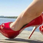 Hot Selling Red Patent Leather Pumps Shoes Peep Toe High