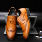 Breathable Bullock Leather Pointed Toe Brogue Oxford Shoes
