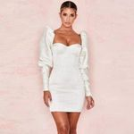 Elegant White Long Sleeve Square Collar Dress