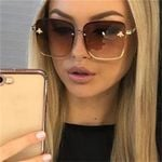 Square Retro Metal Frame Oversized Grandient Sunglasses