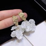 Shell Crack Flower Petal Drop New Cute Sweet Irregular Earrings