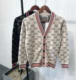 Jacquard and Fit-up V-neck Knitted cardigan sweater