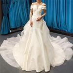White High-end Simple Boat Neck Wedding Dresses