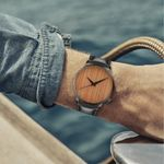 casual Fashion Business Leather Band Wood Print Dial Watch