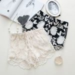 New Black Embroidery Lace Elastic High Waist Shorts