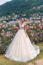 Scoop Short Sleeves Lace Wedding Dresses