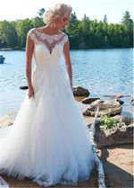 Cap Short Sleeves Lace Appliques A-Line Wedding Dresses