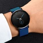 New Quartz Leather Strap Male Sport Wristwatch