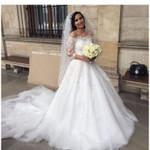 Sexy Lace Three Quarter Tulle Wedding Dress