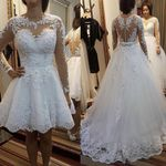 Lace Appliques Pearls Train Ball Gown Wedding Dresses