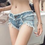 Flashing Fashion Vintage Tassel Rivet High Waist Denim Shorts