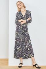 print deep V neck  three quarter sleeve high waist  midi dress
