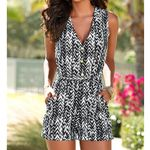 Fashion Sleeveless V-Neck  Casual Romper