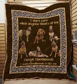 Bloodhounds 09 Blanket TH10072019 Quilt