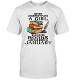 A Girl Who Love Books And Was Born In January Birthday T-shirt