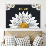 Daisy Half Flower Canvas & Poster