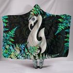 Aotearoa Hooded Blanket Manaia Silver Fern Paua Shell