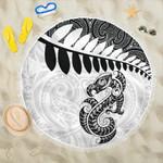 Aotearoa Beach Blanket Silver Fern Maori Manaia White