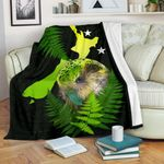 Aotearoa Kakapo Bird T-Shirt With Fern