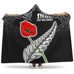 Anzac Australia And New Zealand Hooded Blanket, Poppy Fern Lest We Forget K4
