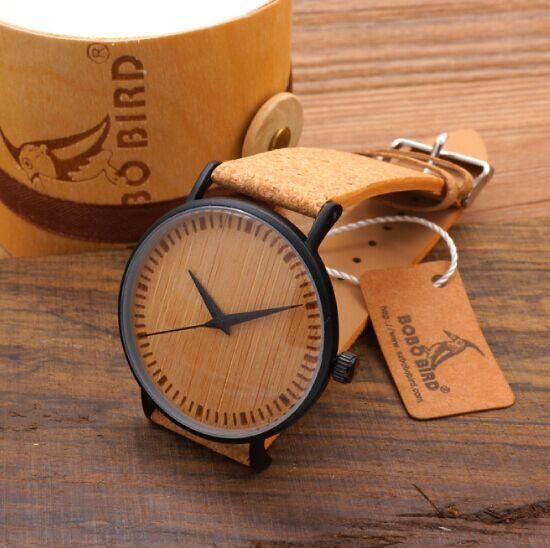 Men's Cool Designer Green Hour Hands Bamboo Wooden Watches Real Leather Bands Watches for Men
