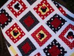 MICKEY AND MINNIE HEADS FABRIC QUILT