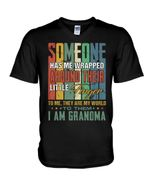 Gift For Granma Vintage Design They Are My World Guys V-Neck