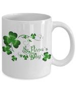 Growing Clover St Patrick's Day Printed Mug