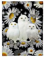 Beautiful White Owl With Daisy Flowers Fleece Blanket
