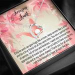 Only An Aunt Can Give Hugs Like A Mom Forever Love Necklace Gift For Aunt