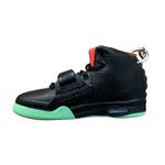 Air Yeezy 2 SP Solar Red Mini Sneaker(Tiny Sneaker) Keychain
