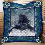 Horse D0503 81O32 Blanket