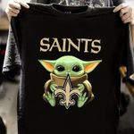 Baby Yoda Loves New Orleans Saints The Mandalorian Fanshirt t shirt hoodie sweater