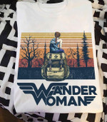 Wander woman wonder woman style for travelling lover vintage t shirt hoodie sweater