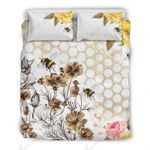 Bees Buzzing Amongst Flowers And Roses   Bedding Set Bedroom Decor